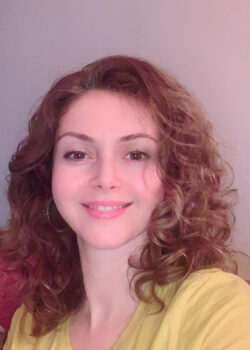 Sanaz Mohebpour review - SMANJENA